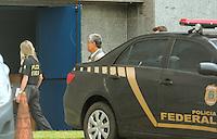 SÃO PAULO,SP, 04.03.2016 - LAVA-JATO - Paulo Okamoto chega à Polícia Federal no bairro da Lapa região oeste de São Paulo na manhã desta sexta-feira (04). (Foto : Marcio Ribeiro / Brazil Photo Press)