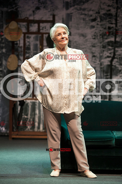 Spanish actress Lola Herrera performs during `El lago dorado´ theater play in Madrid, Spain. August 17, 2015. (ALTERPHOTOS/Victor Blanco)