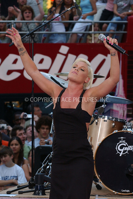 WWW.ACEPIXS.COM . . . . . ....July 7, 2006, New York City. ....Pink performs on the CBS's 'The Early Show'. ......Please byline: KRISTIN CALLAHAN - ACEPIXS.COM.. . . . . . ..Ace Pictures, Inc:  ..(212) 243-8787 or (646) 769 0430..e-mail: info@acepixs.com..web: http://www.acepixs.com