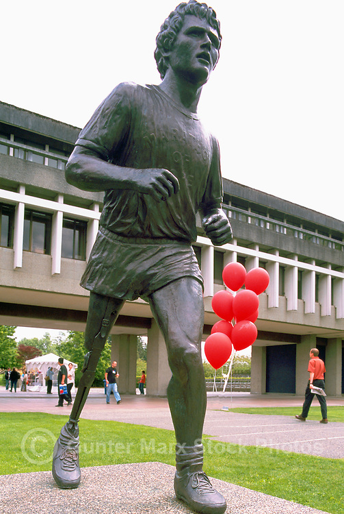 Terry Fox Statue, Simon Fraser University (SFU) Campus on Burnaby Mountain, Burnaby, BC, British Columbia, Canada (Designer / Sculptor: Stephen Harman)