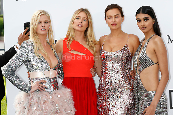 Lara Stone, Doutzen Kroes, Irina Shayk and Neelam Gill at the amfAR Gala Cannes 2017 at Hotel du Cap-Eden-Roc on May 25, 2017 in Cap d'Antibes, France. Credit: John Rasimus /MediaPunch ***FRANCE, SWEDEN, NORWAY, DENARK, FINLAND, USA, CZECH REPUBLIC, SOUTH AMERICA ONLY***