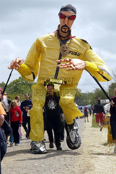GLASTONBURY FESTIVAL.ali g.Ref: 20020630.www.capitalpictures.com.sales@capitalpictures.com.© Capital Pictures