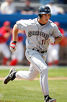 July 28, 2009:  First Baseman Ben Carlson of the Mahoning Valley Scrappers during a game at Dwyer Stadium in Batavia, NY.  Mahoning Valley is the NY-Penn League Short-Season Class-A affiliate of the Cleveland Indians.  Photo By Mike Janes/Four Seam Images