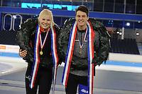 SCHAATSEN: HEERENVEEN: 05-02-2017, KPN NK Junioren, Junioren B, kampioenen Rachelle van de Griek en Jesse Stam, ©foto Martin de Jong