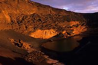 Europe/Espagne/Canaries/Lanzarote/Casas de El Golfo : La côte volcanique- La lagune verte