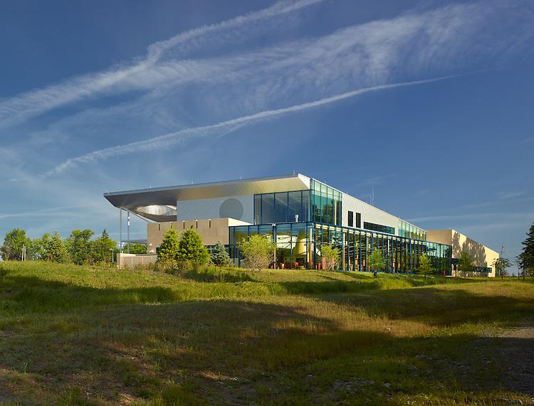 Cuyahoga County Public Library North Royalton Branch | Richard Fleischman & Partners Architects