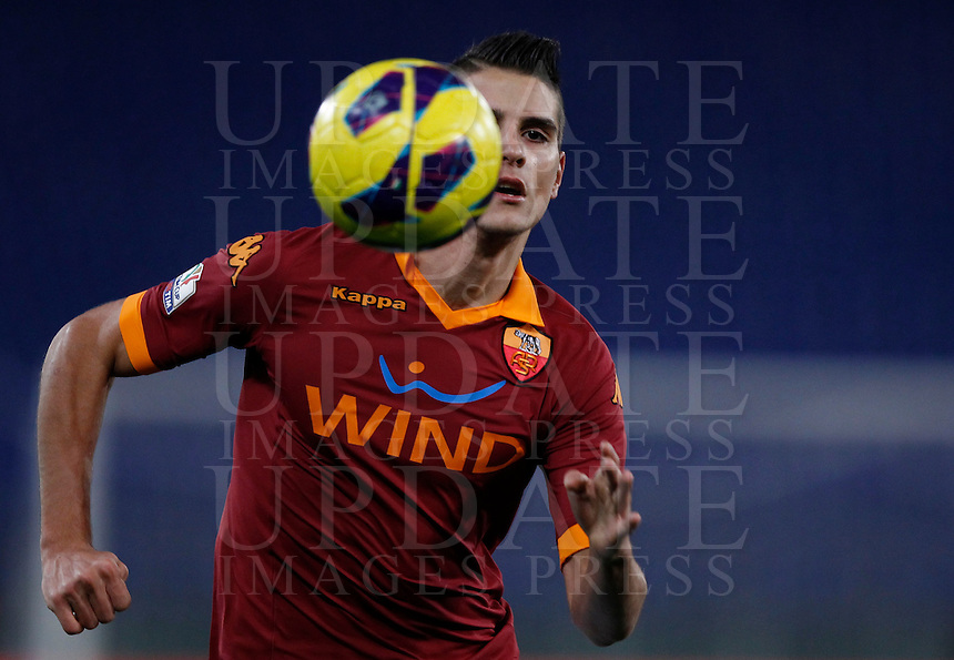 Calcio, semifinale di andata di Coppa Italia: Roma vs Inter. Roma, stadio Olimpico, 23 gennaio 2013..AS Roma forward Erik Lamela, of Argentina, in action during the Italy Cup football semifinal first half match between AS Roma and FC Inter at Rome's Olympic stadium, 23 January 2013..UPDATE IMAGES PRESS/Isabella Bonotto