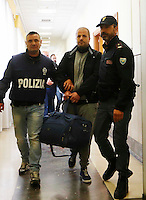 Arresti Clan Forcella denominata &quot;Paranza dei Bambini&quot;<br /> nella foto Francesco FrennaNapoli operazione della polizia contro la cosidetta Paranza dei Bambini , clan egemone a forcella ed altri quartieri del centro cittadino, tra i capi anche alcune donne