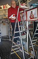 Cefal&ugrave;: Francesco Liberto alias Ciccio, il calzolaio dei piloti di formula 1 iscritto dall&rsquo;UNESCO fra i Tesori Umani Viventi nel Libro dei Saperi del Registro delle Eredit&agrave; Immateriali con una delle sue creazioni autografate.<br /> Cefal&ugrave;: Francesco Liberto also known as Ciccio in his shop, Ciccio the shoemaker of racing drivers, registered with the UNESCO Living Human Treasures in the Book of Knowledge of the Register of Intangible Heritage, in his hands one pair of his racing shoes with the autograph of the champions.