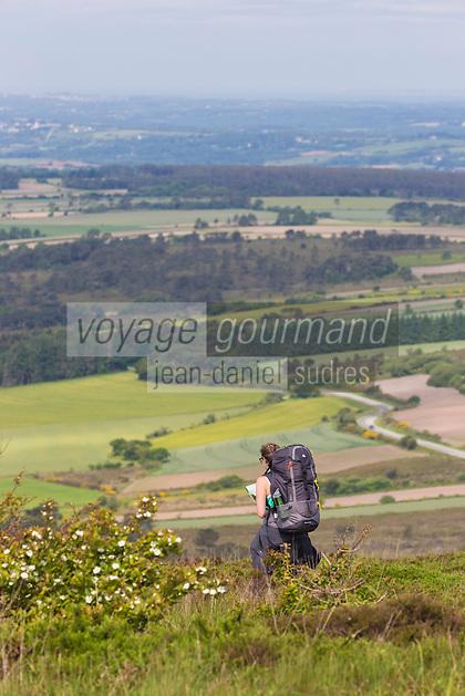France, Bretagne, (29), Finistère, Presqu'île de Crozon, Vue depuis le Ménez Hom,