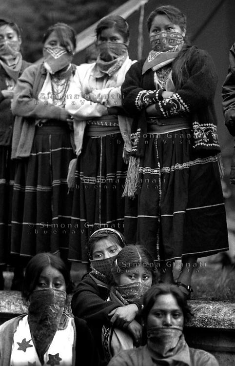 CHIAPAS, OVENTIC, LUGLIO 2007.II INCONTRO DEI POPOLI ZAPATISTI CON I POPOLI DEL MONDO ..FOTO SIMONA GRANATI