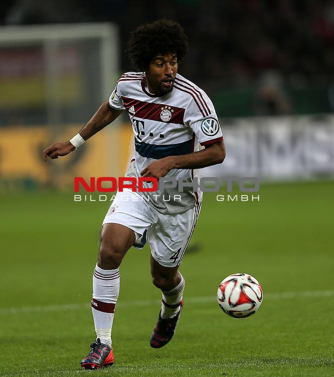 08.04.2015, BayArena, Leverkusen, DFB Pokal, Bayer 04 Leverkusen vs. Bayern M&uuml;nchen<br /> Dante (M&uuml;nchen)<br /> Foto &copy; nordphoto /  Bratic