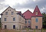 Budynki gospodarcze należące do zespołu pałacowo-parkowego w Sztynorcie