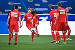 Florian Kainz (m/1. FC Koeln) waermt sich auf.<br /> <br /> Sport: Fussball: 1. Bundesliga: Saison 19/20: 28. Spieltag: TSG 1899 Hoffenheim - 1. FC Koeln, 27.05.2020<br /> <br /> Foto: Markus Gilliar/GES/POOL/PIX-Sportfotos.<br /> <br /> Nur für journalistische Zwecke! Only for editorial use!<br /> <br /> Gemäß den Vorgaben der DFL Deutsche Fußball Liga ist es untersagt, in dem Stadion und/oder vom Spiel angefertigte Fotoaufnahmen in Form von Sequenzbildern und/oder videoähnlichen Fotostrecken zu verwerten bzw. verwerten zu lassen. DFL regulations prohibit any use of photographs as image sequences and/or quasi-video.