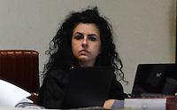 SANTO ANDRE, SP, 16 DE FEVEREIRO 2012 - JULGAMENTO LINDEMBERG ALVES - CASO ELOA - Advogada de defesa Dra Ana Lucia Assaddurante no quarto dia do julgamento de Lindemberg Alves, de 25 anos, acusado de matar a ex-namorada Eloá Cristina Pimentel em outubro de 2008, chega ao fórum de Santo André (SP), no ABC Paulista, nesta quinta-feira (16),  (FOTO: ADRIANO LIMA - BRAZIL PHOTO PRESS).