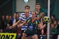 KORFBAL: GORREDIJK: Sport- en Ontspanningscentrum Kortezwaag, 27-11-2013, LDODK - AKC BLAUW WIT, Eindstand 25-28, Fenje Haenen (#5 | AKC), Marjon Visser (#1 | LDODK), ©foto Martin de Jong