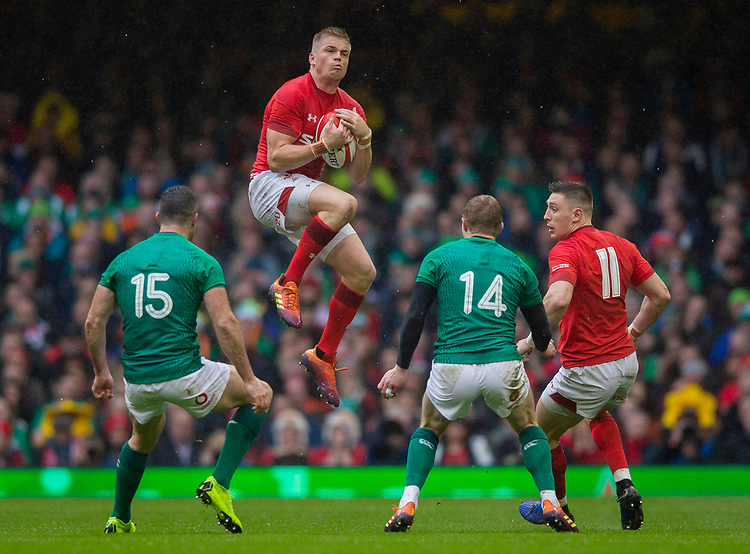 Wales' Gareth Anscombe claims a high ball<br /> <br /> Photographer Bob Bradford/CameraSport<br /> <br /> Guinness Six Nations Championship - Wales v Ireland - Saturday 16th March 2019 - Principality Stadium - Cardiff<br /> <br /> World Copyright © 2019 CameraSport. All rights reserved. 43 Linden Ave. Countesthorpe. Leicester. England. LE8 5PG - Tel: +44 (0) 116 277 4147 - admin@camerasport.com - www.camerasport.com