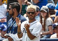 Kalimba canta el himno nacional.<br /> Acciones del partido de beisbol, Dodgers de Los Angeles contra Padres de San Diego, tercer juego de la Serie en Mexico de las Ligas Mayores del Beisbol, realizado en el estadio de los Sultanes de Monterrey, Mexico el domingo 6 de Mayo 2018.<br /> (Photo: Luis Gutierrez)