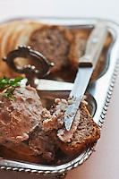 Europe/Voïvodie de Petite-Pologne/Cracovie:   au restaurant: Pod Aniolami - Tartine de saindoux et pain noir