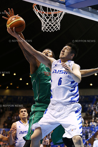 Makoto Hiejima (Aisin), <br /> MAY 25, 2015 - Basketball : <br /> National Basketball League &quot;NBL&quot; Playoff FINALS 2014-2015 <br /> GAME 3 match between <br /> TOYOTA ALVARK TOKYO 69-81 AISIN SeaHorses Mikawa<br /> at 2nd Yoyogi Gymnasium, Tokyo, Japan. <br /> (Photo by Shingo Ito/AFLO SPORT)