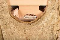 Willard Suitcases / Madeline C / ©2015 Jon Crispin