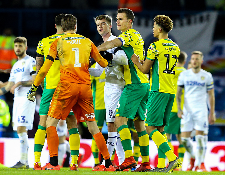 Leeds United's Patrick Bamford has words with Norwich City's Tim Krul immediately after the match<br /> <br /> Photographer Alex Dodd/CameraSport<br /> <br /> The EFL Sky Bet Championship - Leeds United v Norwich City - Saturday 2nd February 2019 - Elland Road - Leeds<br /> <br /> World Copyright © 2019 CameraSport. All rights reserved. 43 Linden Ave. Countesthorpe. Leicester. England. LE8 5PG - Tel: +44 (0) 116 277 4147 - admin@camerasport.com - www.camerasport.com
