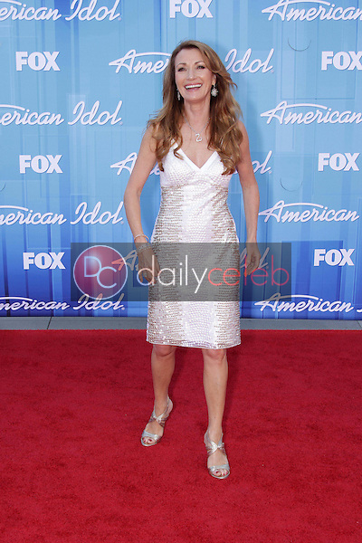 Jane Seymour<br /> at the &quot;American Idol&quot; 2012 Finale, Nokia Theatre, Los Angeles, CA 05-23-12<br /> David Edwards/DailyCeleb.com 818-249-4998