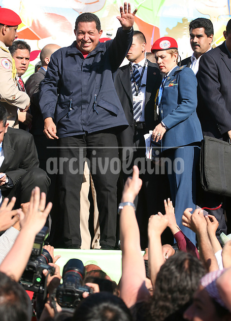 Venezuelan President Hugo Chavez, waves to the people   during the  Meeting for the Friendship of the Iberoamerican People  in Santiago de Chile, Saturday, November  10, 2007.The meeting was a parallel event of the Iberoamerican Summit...