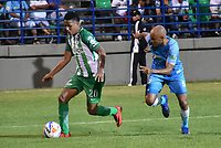 MONTERIA - COLOMBIA, 02-09-2018: Elvis Gonzalez (Der) jugador de Jaguares de Córdoba disputa el balón con Jeison Steven Lucumi (Izq) jugador de Atletico Nacional durante partido por la fecha 7 de la Liga Águila II 2018 jugado en el estadio Municipal de Montería. / Elvis Gonzalez (R) player of Jaguares of Cordoba vies for the ball with Jeison Steven Lucumi (L) player of Atletico Nacional during a match for the date 7 of the Liga Aguila II 2018 at the Municipal de Monteria Stadium in Monteria city. Photo: VizzorImage / Andres Felipe Lopez / Cont