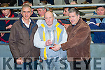 Mike O'Connor centre from Clohane, Carhan wins the Best Pair Store Bullocks at the Iveragh mart on Tuesday picture here with l-r; Neilie O'Shea(Chairman Iveragh Mart) & Mosey Coffey(Acorn Life).
