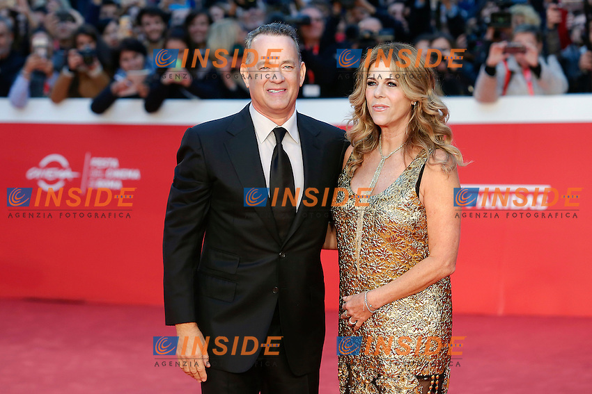 Tom Hanks con la moglie Rita Wilson<br /> Tom Hanks with his wife Rita Wilson<br /> Roma 13-10-2016. Festa del Cinema di Roma XI edizione<br /> Rome 13th October 2016. Rome Film Fest XI edition.<br /> Foto Samantha Zucchi Insidefoto