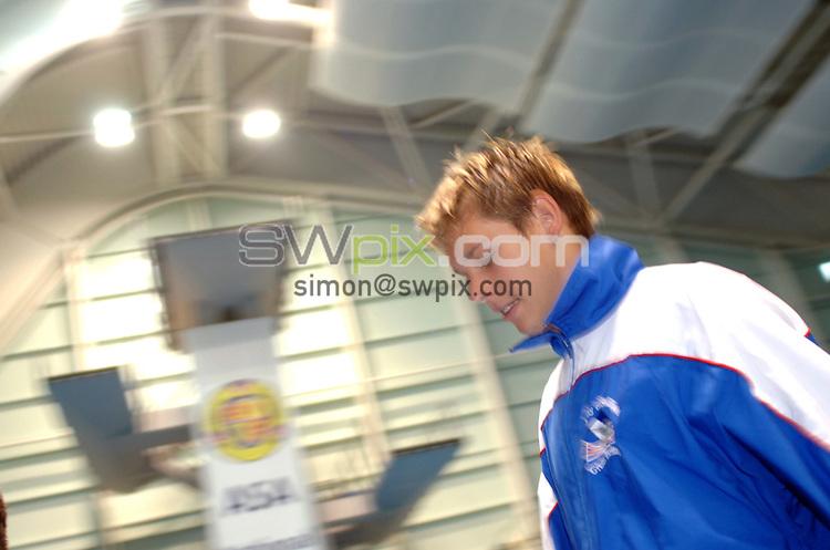 Picture by Chris Whiteoak/SWPIX.COM, Diving......ASA National Senior Diving Championships, 26/05/06..Copyright>>Simon Wilkinson>>07811267706..Ben Swain walks to the 1m springboard