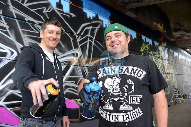 Graffiti artists Finbarr McHugh and Darren Finnegan www.newsfile.ie www.newsfile.ie www.newsfile.ie