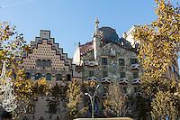 arquitetura, architecture, antiguidade, building, antique, fachada, facade; predios; barcelona; espanha; spain