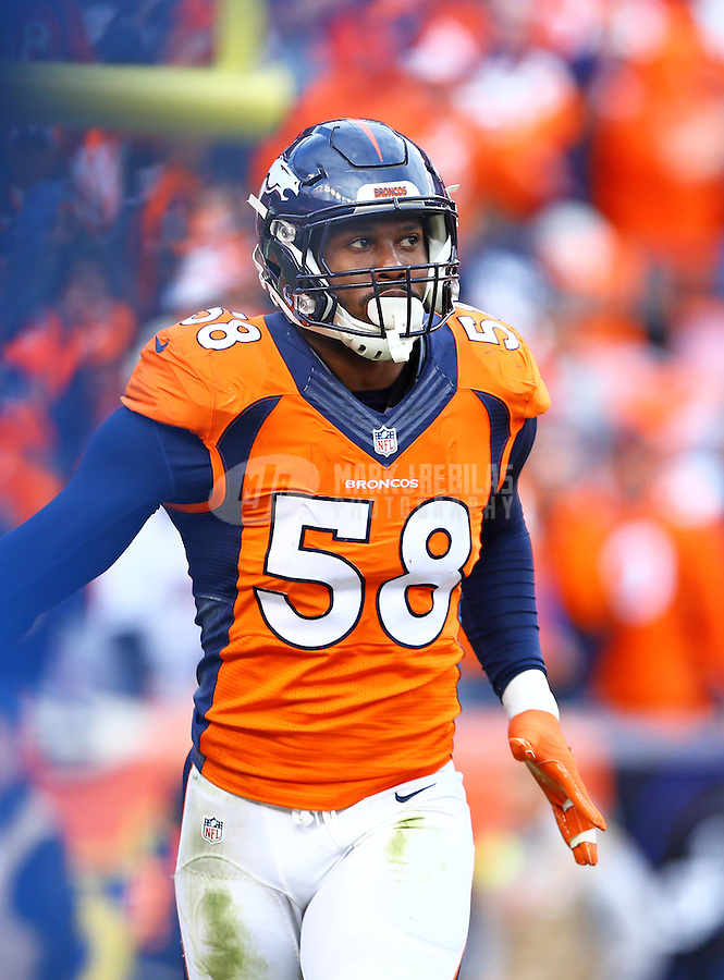 Jan 24, 2016; Denver, CO, USA; Denver Broncos linebacker Von Miller (58) against the New England Patriots in the AFC Championship football game at Sports Authority Field at Mile High. The Broncos defeated the Patriots 20-18 to advance to the Super Bowl. Mandatory Credit: Mark J. Rebilas-USA TODAY Sports