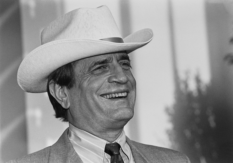 Close-up of Rep. Charlie Wilson, D-Tex., in June 1991. (Photo by Laura Patterson/CQ Roll Call)