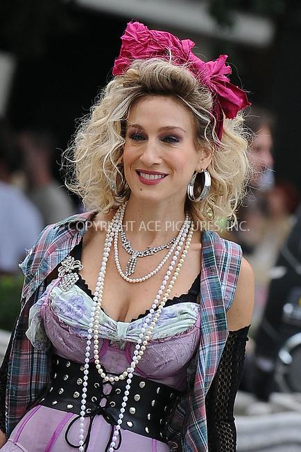 WWW.ACEPIXS.COM . . . . . ....September 9 2009, New York City....Actress Sarah Jessica Parker on the set of the new 'Sex and the City' movie on September 9 2009 in New York City....Please byline: KRISTIN CALLAHAN - ACEPIXS.COM.. . . . . . ..Ace Pictures, Inc:  ..tel: (212) 243 8787 or (646) 769 0430..e-mail: info@acepixs.com..web: http://www.acepixs.com