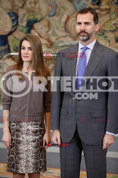 Prince Felipe of Spain and Princess Letizia of Spain attend an audience at Zarzuela Palace. December 14, 2012. (ALTERPHOTOS/Caro Marin) /NortePhoto