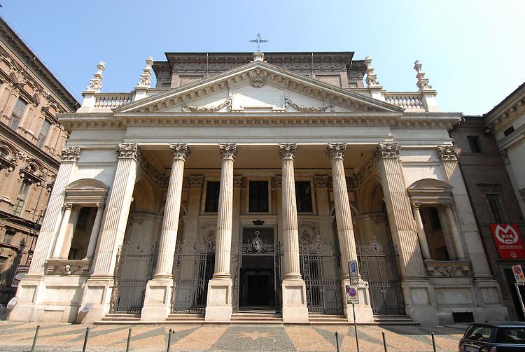 La Chiesa di San Filippo Neri.
