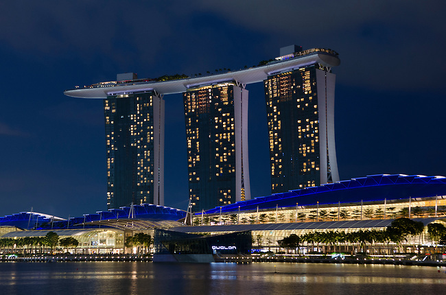 Singapore Marina Bay Sands laser light show