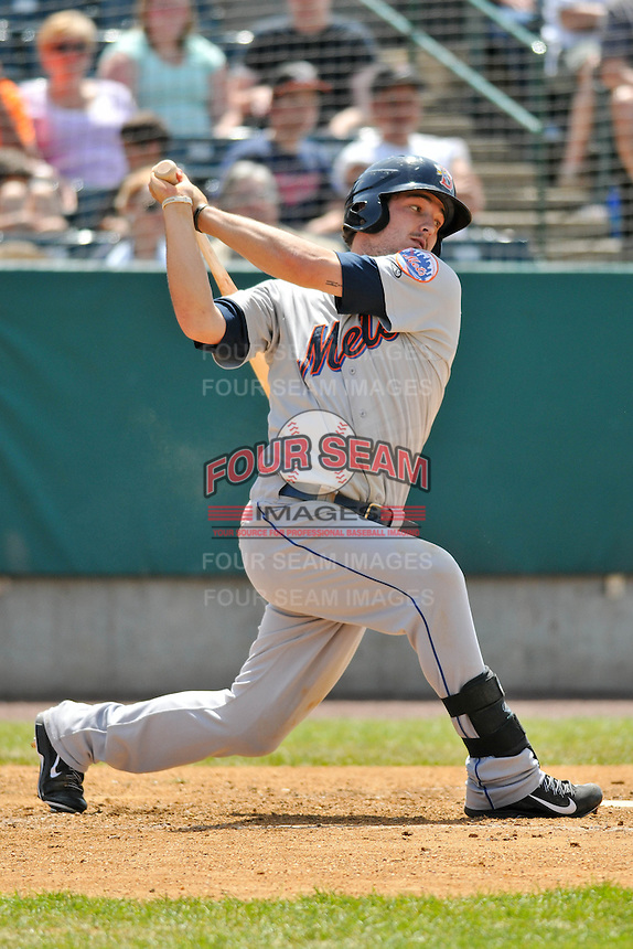 Darrell Ceciliani (10) of the Binghamton Mets bats during a game against the New Britain Rock Cats at New Britain Stadium on June 1, 2014 in New Britain, Connecticut.  New Britain defeated Binghamton 6-1.  (Gregory Vasil/Four Seam Images)