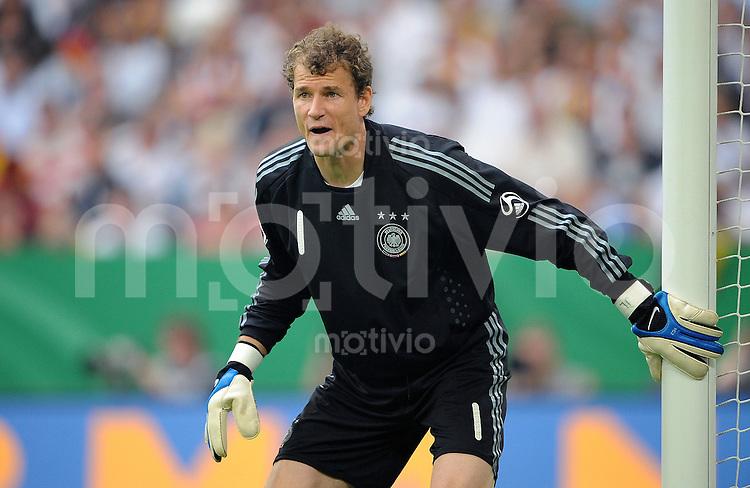 FUSSBALL   INTERNATIONAL   FREUNDSCHAFTSSPIEL  Deutschland - Serbien             31.05.2008 Jens LEHMANN (Deutschland) am Torpfosten