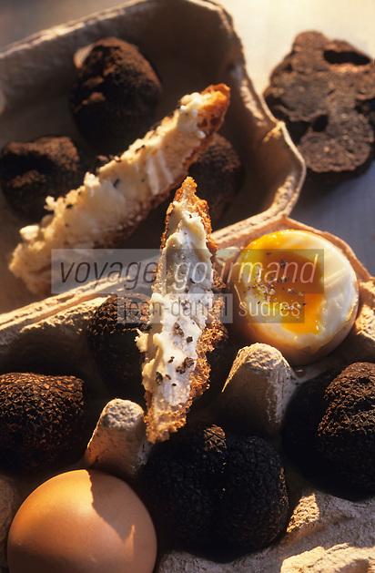 Europe/France/Midi-Pyrénées/46/Lot/Cahors : Oeufs à la coque aux truffes et leurs mouillettes chez Pebeyre