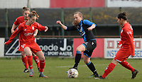 20180127 - AALTER , BELGIUM : Brugge's Elle Decorte (middle) pictured in a duel with Standard's Charlotte Cranshoff (left) and Lola Wajnblum (r) during the quarter final of Belgian cup 2018 , a womensoccer game between Club Brugge Dames and Standard Femina de Liege , in Aalter , saturday 27 th January 2018 . PHOTO SPORTPIX.BE | DAVID CATRY