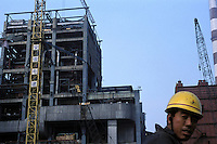 Construction of a power station at Pingdingshan, Henan..