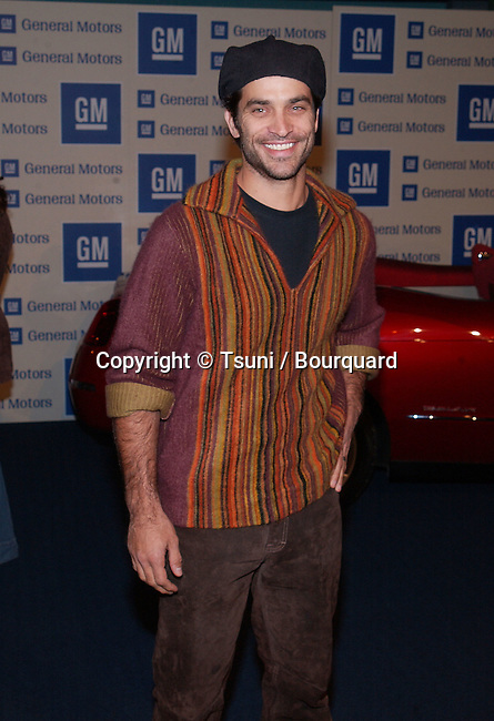"Johnashton Schaech  arriving at "" Ten, Pre Oscar Fashion Bash and benefit "" at the GM  in Los Angeles. March 21, 2002.           -            SchaechJohnAthon01.jpg"