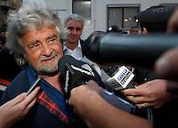 AVELLINO BEPPE GRILLO INTERVIENE IN UNA MANIFESTAZIONE A SOSTEGNO DEL CANDIDATO SINDACO DEL MOVIMENTO 5 STELLEAVELLINO BEPPE GRILLO INTERVIENE IN UNA MANIFESTAZIONE A SOSTEGNO DEL CANDIDATO SINDACO DEL MOVIMENTO 5 STELLE