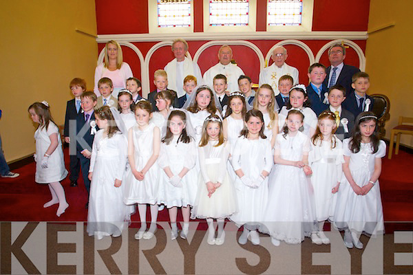 Caherlaheen National School who had their First Communions at Church of the Immaculate Conception, Rathass, Tralee on Saturday.