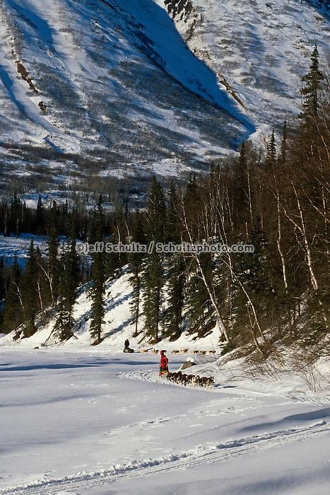 B.Lee & D.Swingley Mushing/ Finger Lk. ckpt / '96 Iditarod