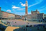 Cidade medieval de Siena, Itália. 1998. Foto de Juca Martins.